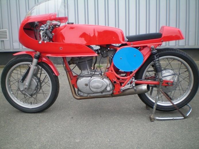 [VENDS] Ducati 350 desmo Grf61010