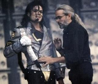Michael Bush parla di MJ nel suo libro 2ewmiq10