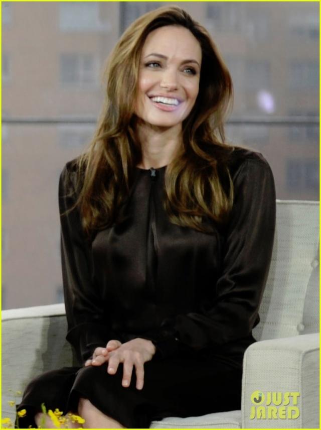 Angelina Jolie Fan Forum - Portal Angeli10