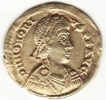"""Vrai ou faux solidus d'Honorius """"Ravenne"""" ? Img_0010"""