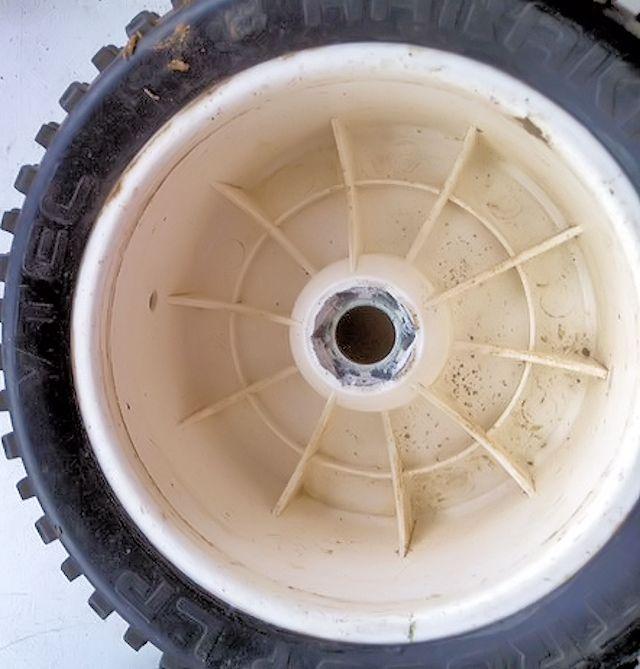 Réparation/Réparer d'un hexa de roue arrondi/jante - Page 2 Image165