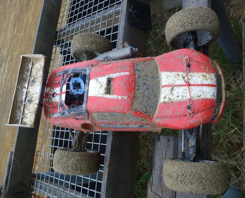 Réglages chassis pour piste TT lente avec nombreux virages - Page 6 P1000630