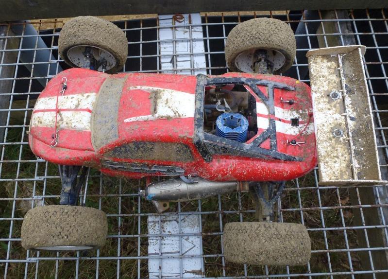 Réglages chassis pour piste TT lente avec nombreux virages - Page 6 P1000631