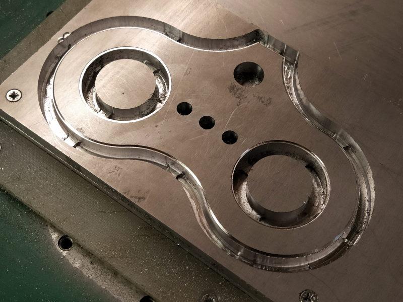 CNC Une tête de fourche de moto (à bascule) - Alu 10 mm Bride_17