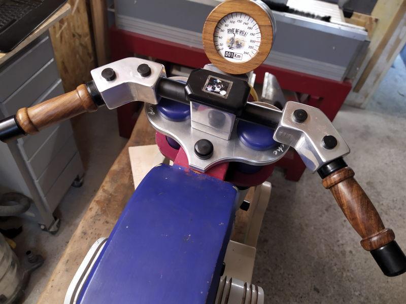 CNC Une tête de fourche de moto (à bascule) - Alu 10 mm Bride_25
