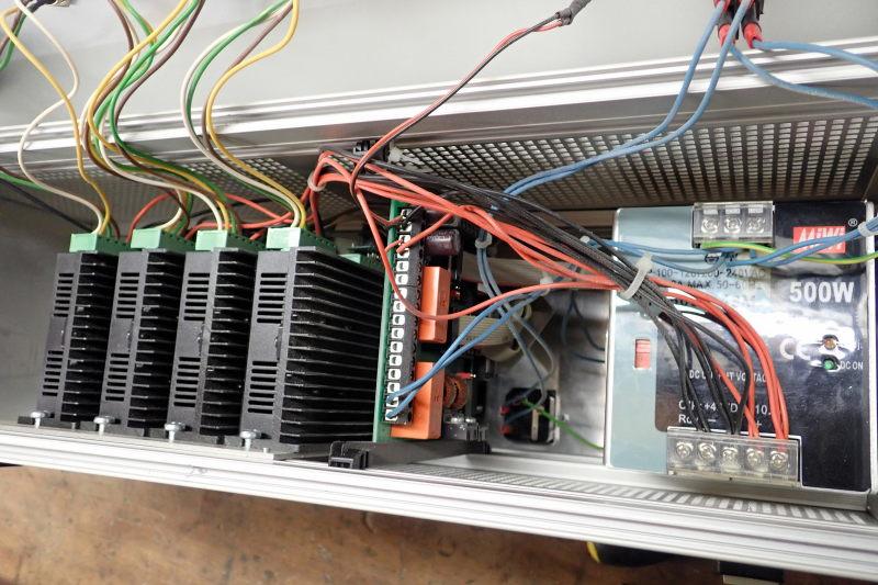 Présentation CNC Makko M1070 Su Contro18