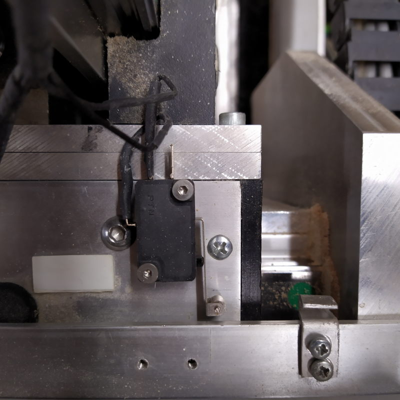 Présentation CNC Makko M1070 Su - Page 3 Img_2021