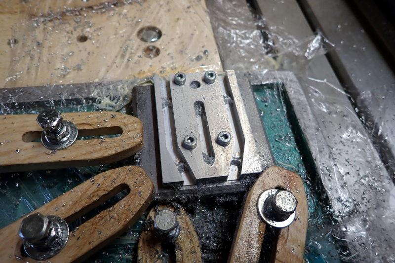 Cambam :des paramètres à confirmer pour usinage de brides alu P3211410