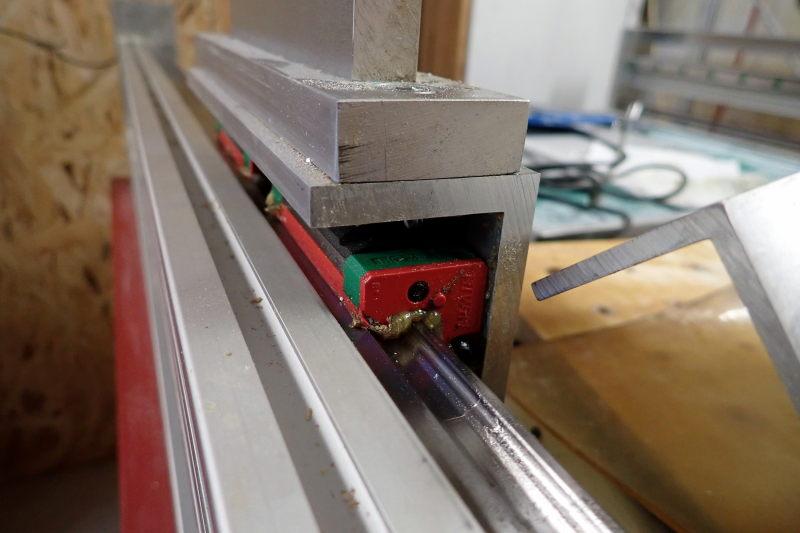 CNC : quelle quantité au graissage ? P3251415