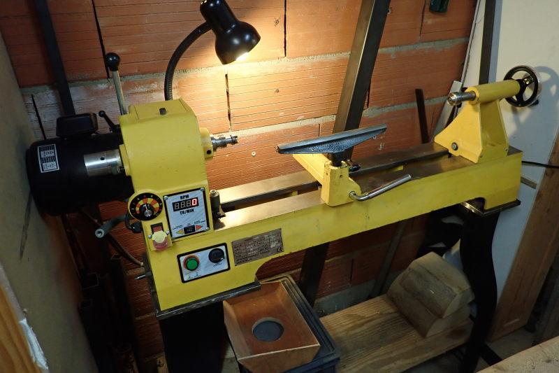 [VENDU] Tour à bois Maison du tournage MDT01 Tour_012