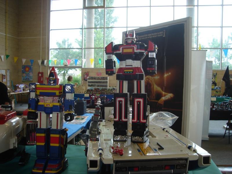 4ème salons du jouet les 4 et 5 juin 2011 - Page 3 Dsc01810