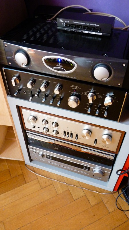 behringer A500 pre sansui au7700 Behrin10