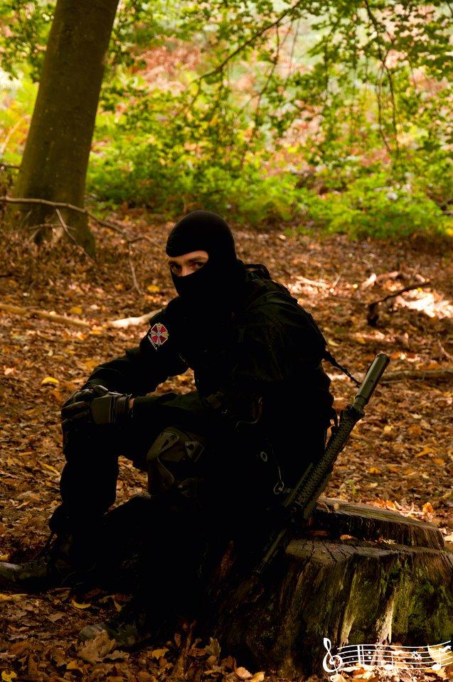 Tenue Hunk et Swat 00110