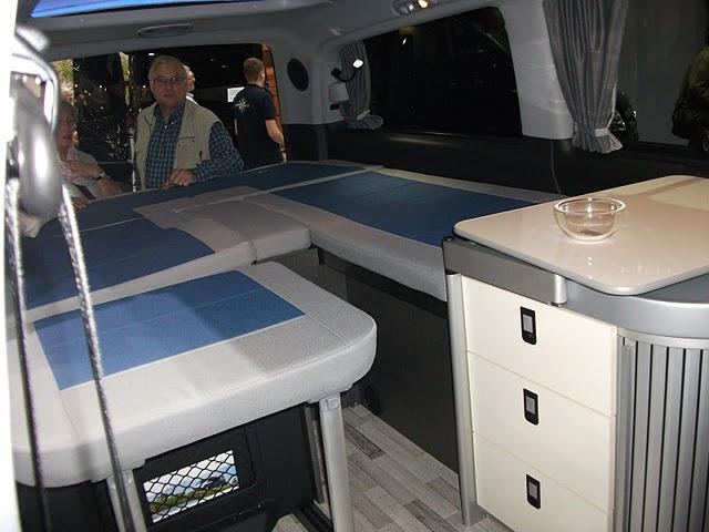 série spéciale pour les 60 ans du campingbus Dscf0913