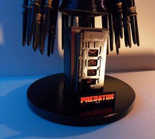 Buste Predator 120