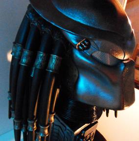 Buste Predator 1212