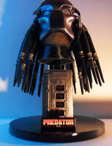 Buste Predator 912