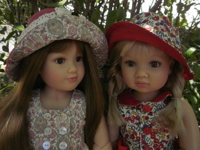 Louisa et Nikola habillées par Vanina P7052714