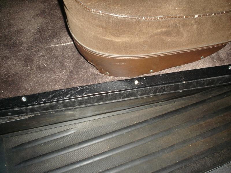 bagettes tapis de sol Dsc03621