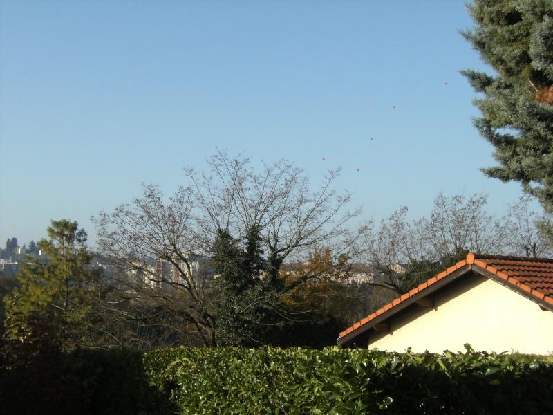 2012: le 17/11 à 19H10 - Lumière étrange dans le ciel  - VILLEFONTAINE -Isère (dép.38) Dscf9911