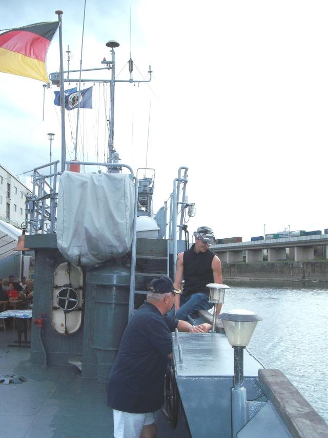 Mannheimer HafenSuchen - Landungsschiff Zander im Mannheimer Hafen 127