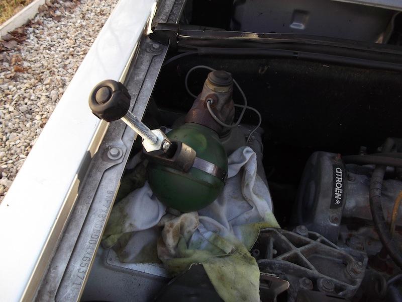 [Tuto] Changement des sphères Citroën Dscf1728
