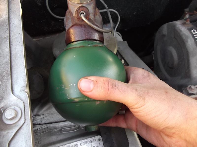 [Tuto] Changement des sphères Citroën Dscf1810