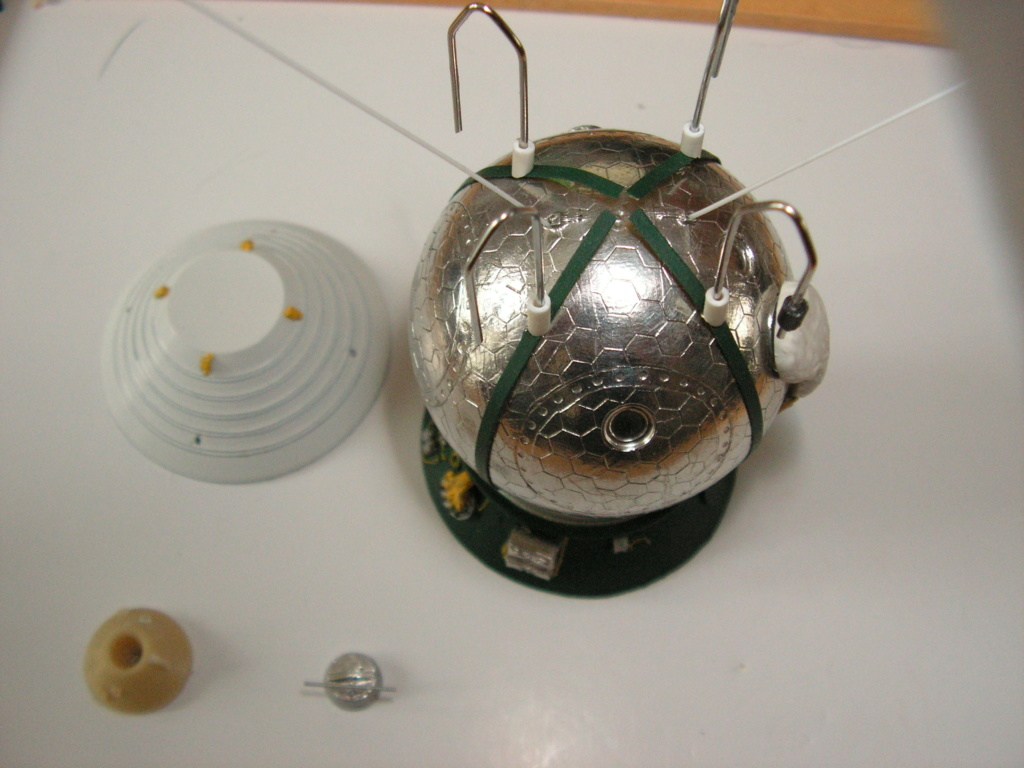 Vostok 1 New Ware 1/48 ( Montage Mercury 7 ) Vostok11