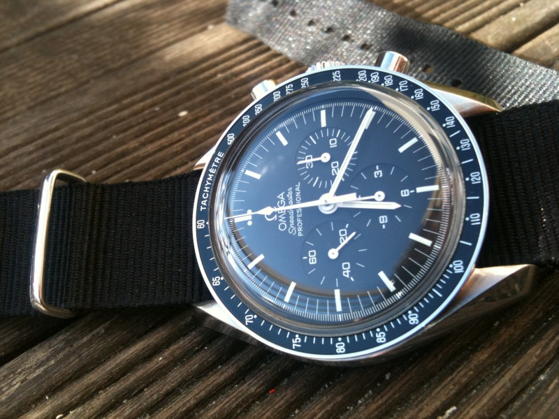 Omega Speedmaster Moonwatch « Apollo 15 » 40e Anniversaire Img_1410