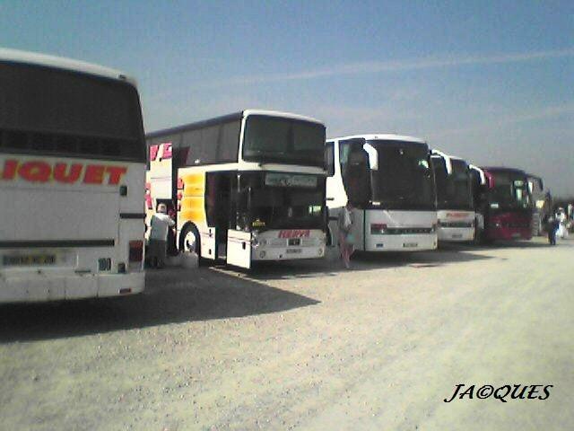 Parking d'autocars . Photo_12