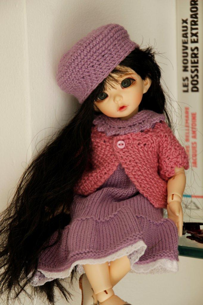 Une adorable petite en tenue guimauve Nadage22
