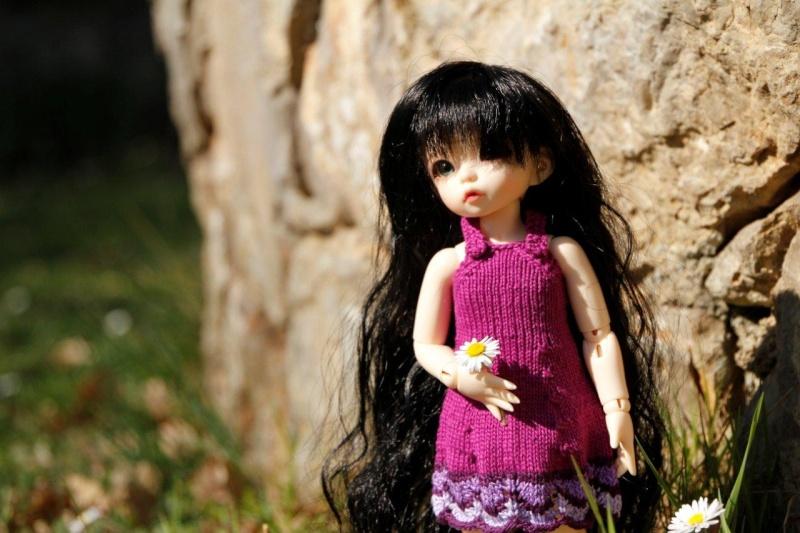 Une adorable petite en tenue guimauve Nadage25