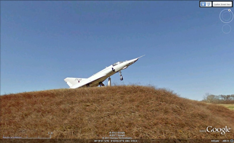 STREET VIEW : Les avions Avion213