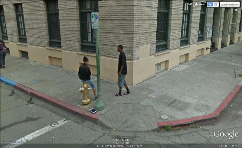 STREET VIEW : les gens en chaussettes noires ! - Page 19 Ch2610