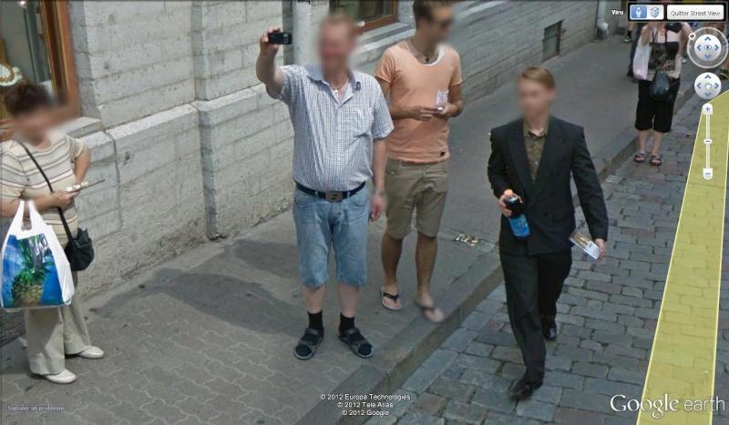 STREET VIEW : les gens en chaussettes noires ! - Page 20 Chsand10
