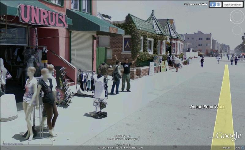 STREET VIEW : quand la Google Car attise l'obscénité Coucou14