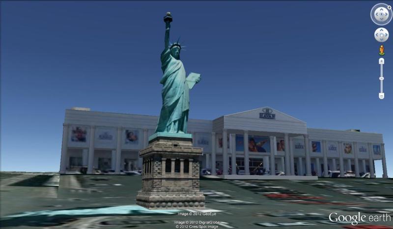 Statue de la Liberté = les répliques découvertes grâce à Google Earth - Page 4 Libert10