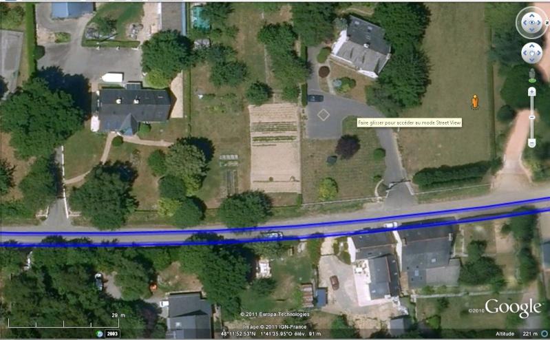 STREET VIEW : quand la Google car s'invite chez vous... V610