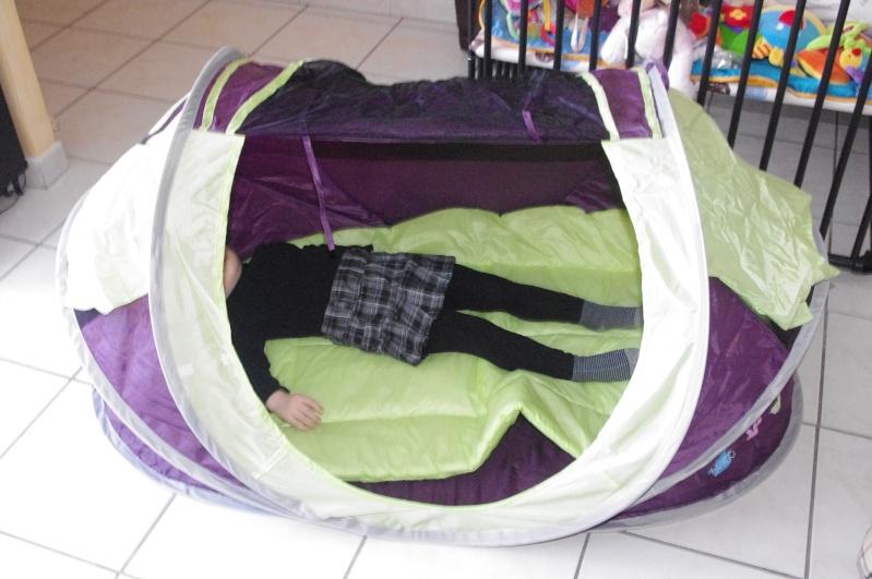 Lit bébé camping en promo chez Intermarché Imgp6611