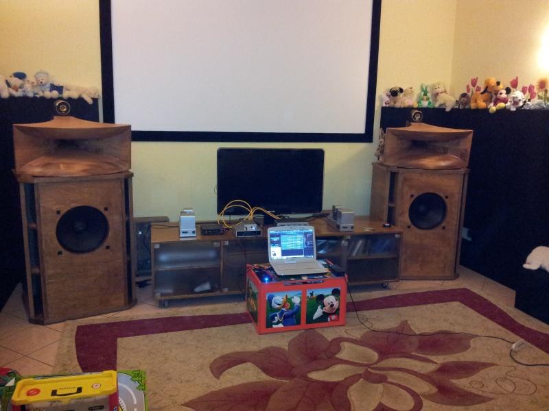 New entry Hrt Music Streamer II 2011-111