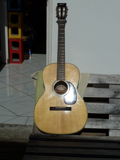 Vds Collings 000 2H Collin10