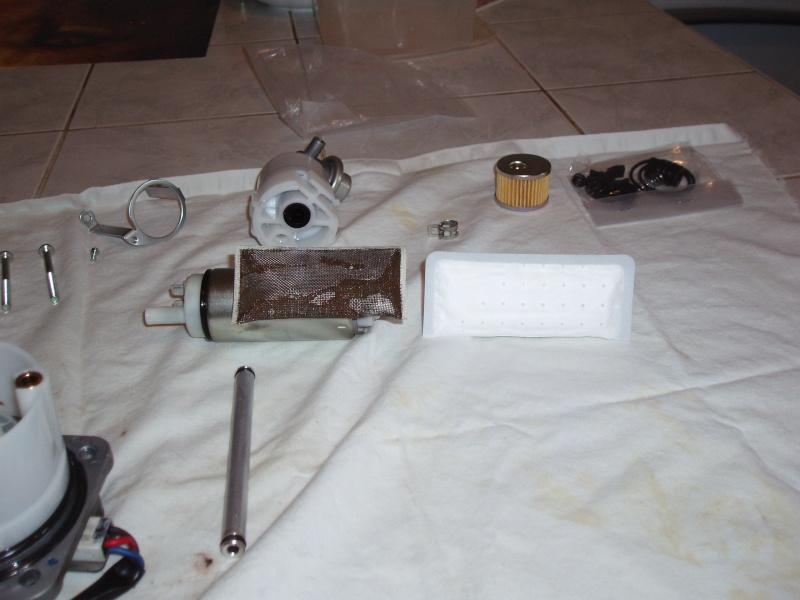 Discussions autour tuto démonter pompe à essence - Page 2 Pb080035