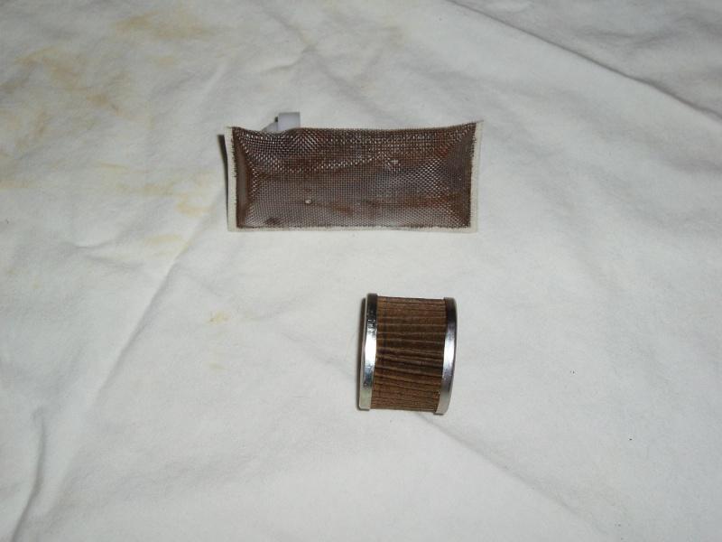 Discussions autour tuto démonter pompe à essence - Page 2 Pb080036