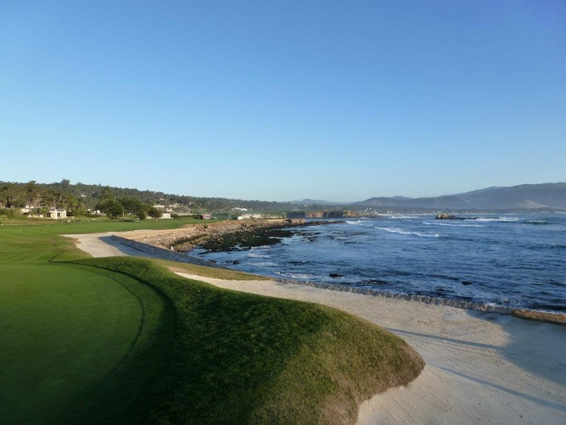 Pebble Beach 42121111