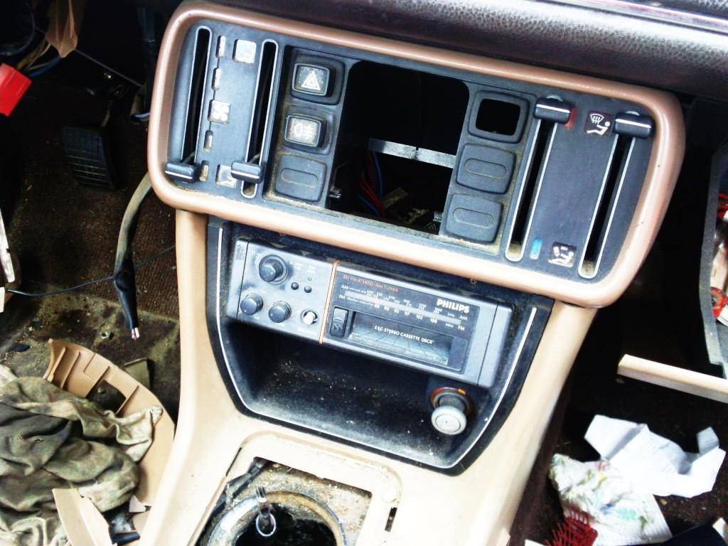 Le Topic des instalions audio dans vos Peugeot - Page 3 Photo014