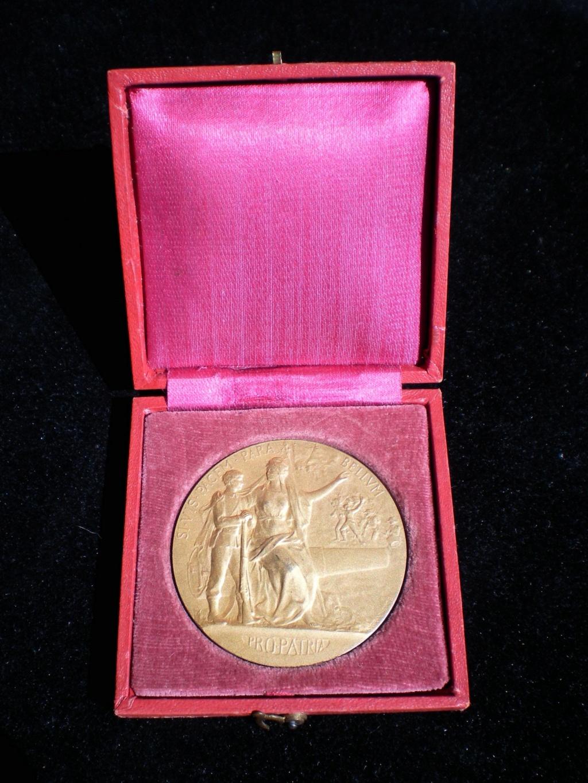 médaille préparation  militaire 14/18 Pict2912