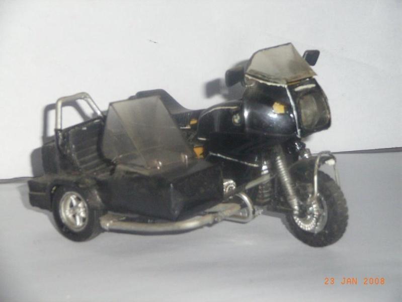 MAQUETTES DE MOTOS. Rimg3326
