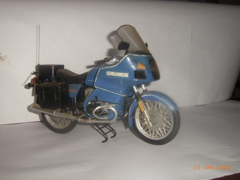 MAQUETTES DE MOTOS. Rimg3343