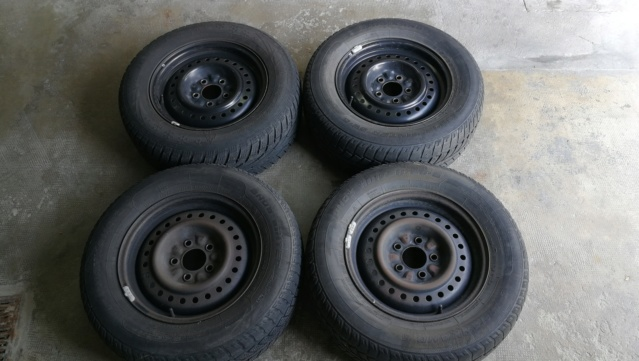 4 roues hiver sur jante acier 215/65R15 100H Img_2023