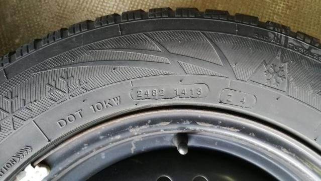 4 roues hiver sur jante acier 215/65R15 100H Img_2027